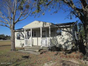 742 Broad Creek Loop Road, Newport, NC 28570