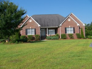 105 Iris Court, Morehead City, NC 28557
