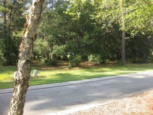 180 Legacy Lakes Drive, Wallace, NC 28466