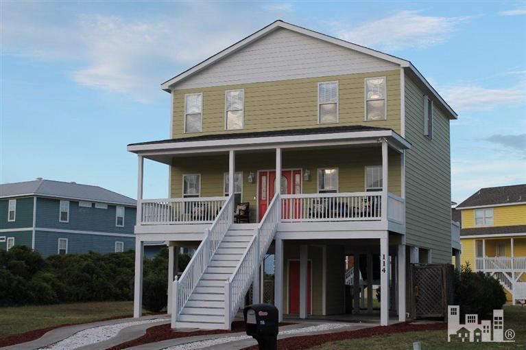 114 Seaward Court- Kure Beach- North Carolina 28449, 3 Bedrooms Bedrooms, 7 Rooms Rooms,3 BathroomsBathrooms,Residential,For Sale,Seaward,30511428