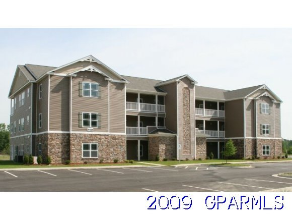 Buyer Gets 5000 In Free Upgrades Closing Cost When Closing Befor The End Of The Year See De S Below Third Floor Condo W Elevator Deerfield Plan