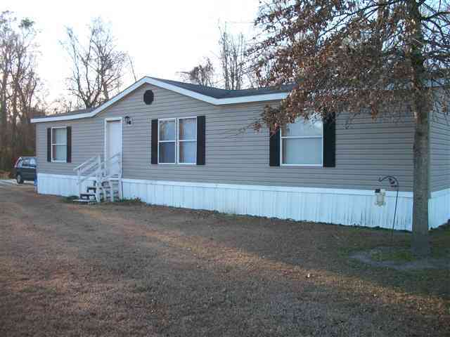 1115 Weyerhaeuser Road, Trenton, NC 28585 (MLS# 80128074) - Landfall