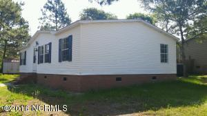 1882 Ridge Road SW, Supply, NC 28462