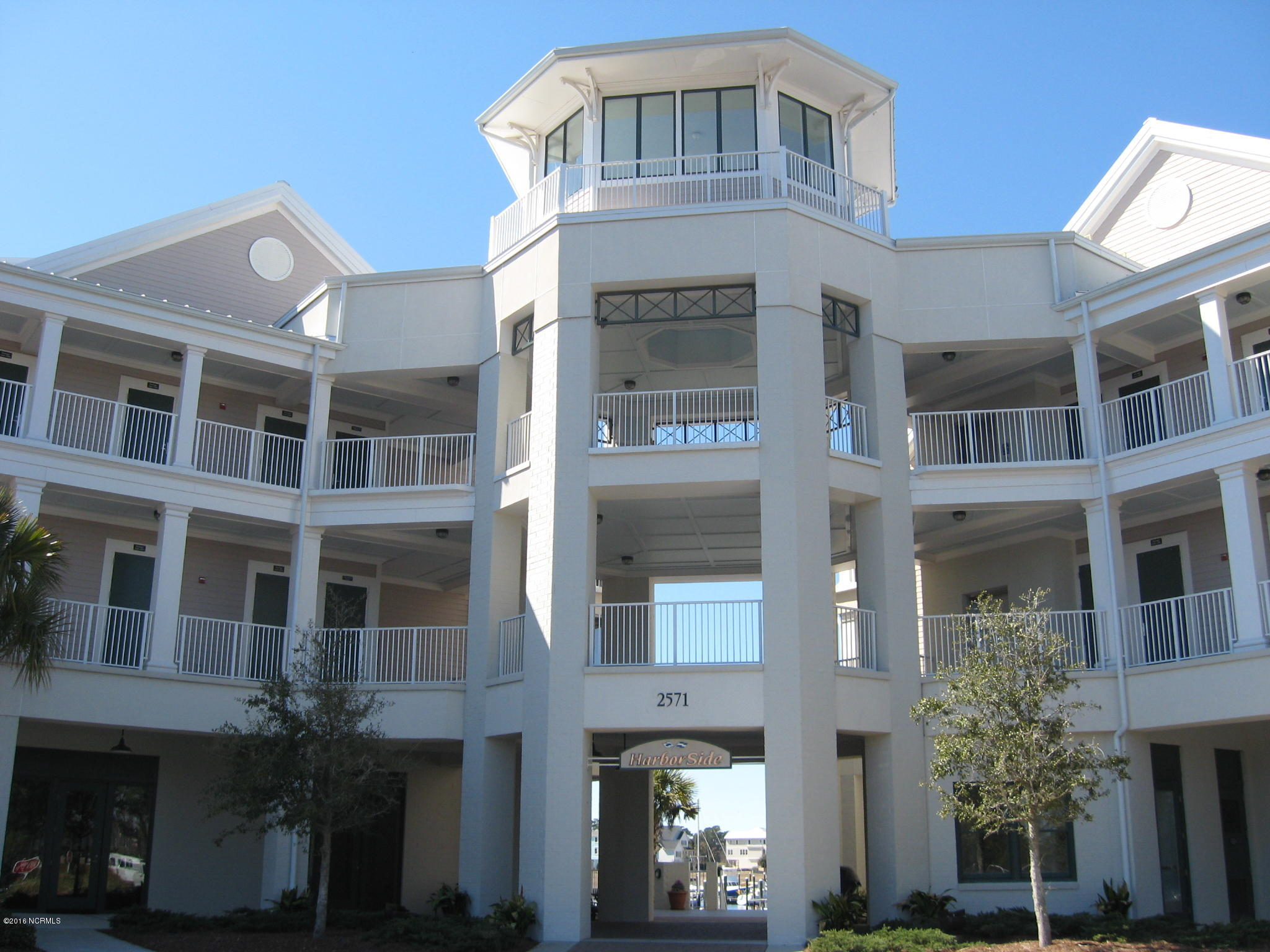2571 St James Drive #304 Southport, NC 28461