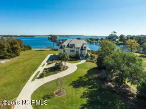 112 Elizabeth Way Court, Swansboro, NC 28584