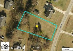 7049 Kingswood Circle, Stantonsburg, NC 27883