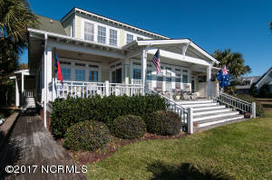 145 Camp Morehead Drive, Morehead City, NC 28557