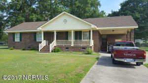 305 W Academy Street, Robersonville, NC 27871