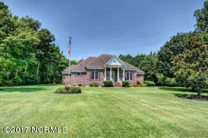 702 Baby Doe Circle, Hampstead, NC 28443