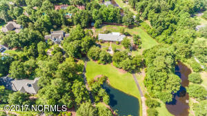Home with 3.8 acres on large private lot located close to Wrightsville Beach.