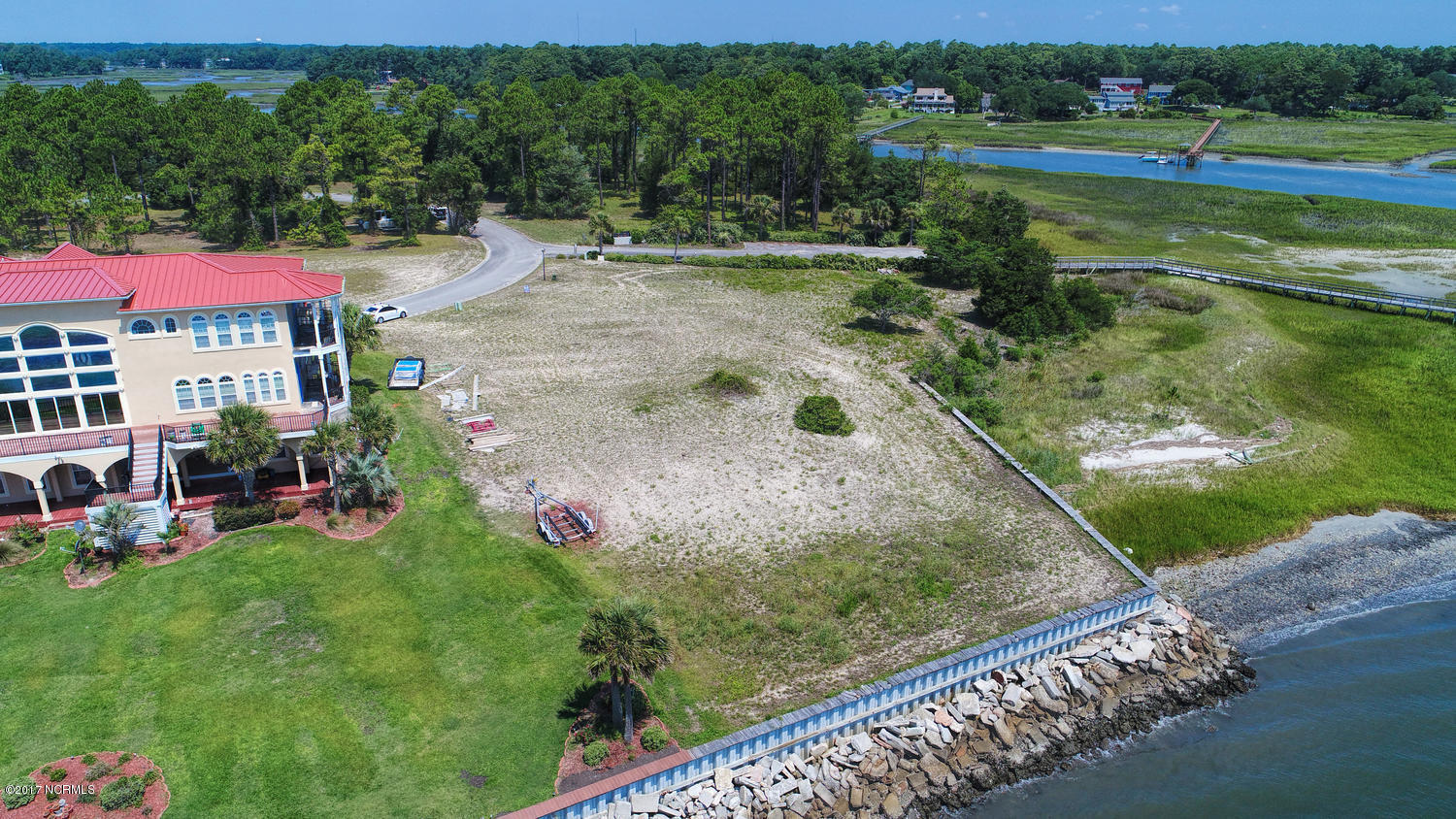 RE/MAX at the Beach - MLS Number: 100073524