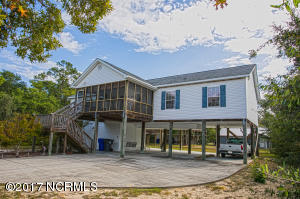 102 NW 10th Street, Oak Island, NC 28465