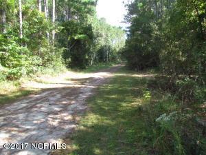 130 Sweeten Ridge Lane, Beaufort, NC 28516