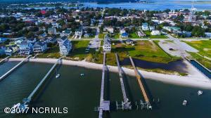 305 S 11th Street, Morehead City, NC 28557