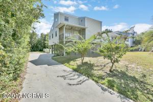 1621 E Pelican Drive, Oak Island, NC 28465