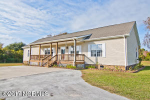 422 Broad Creek Loop Road, Newport, NC 28570