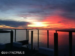 10526 Coast Guard Road, Emerald Isle, NC 28594