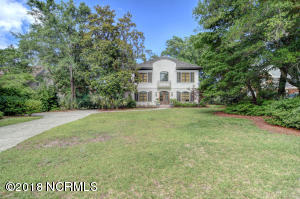 1229 Arboretum Drive, Wilmington, NC 28405