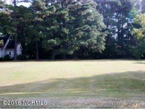 512 Mildred Street, Oriental, NC 28571
