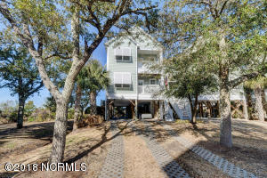 205 N Boca Bay Lane, Surf City, NC 28445