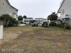 Large lot with bulkhead on desirable street