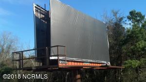 Lamar billboard offers rental income through 2019.