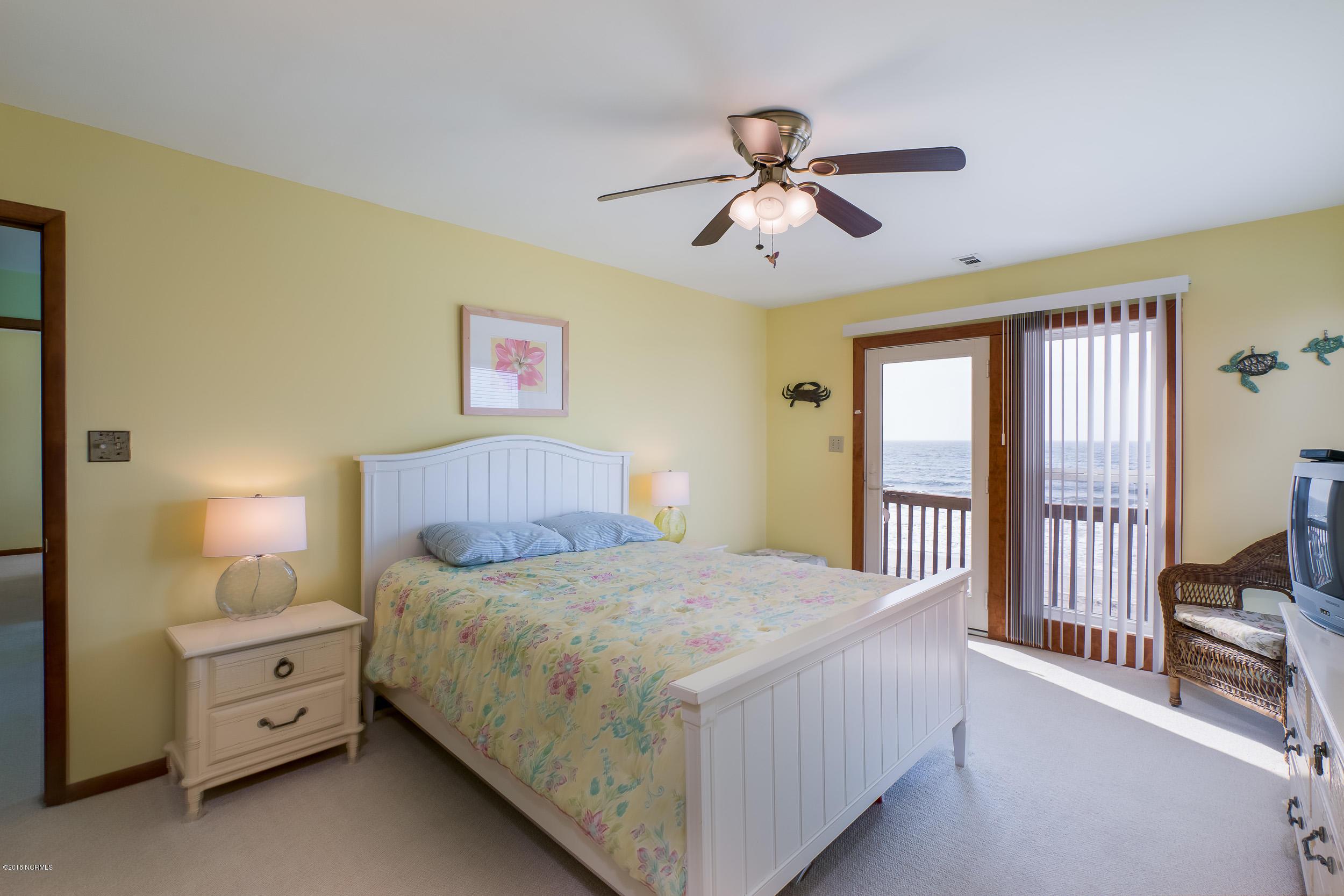 129 W Beach Drive Oak Island, NC 28465