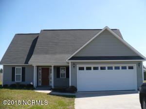 108 Cherry Grove Drive, Richlands, NC 28574