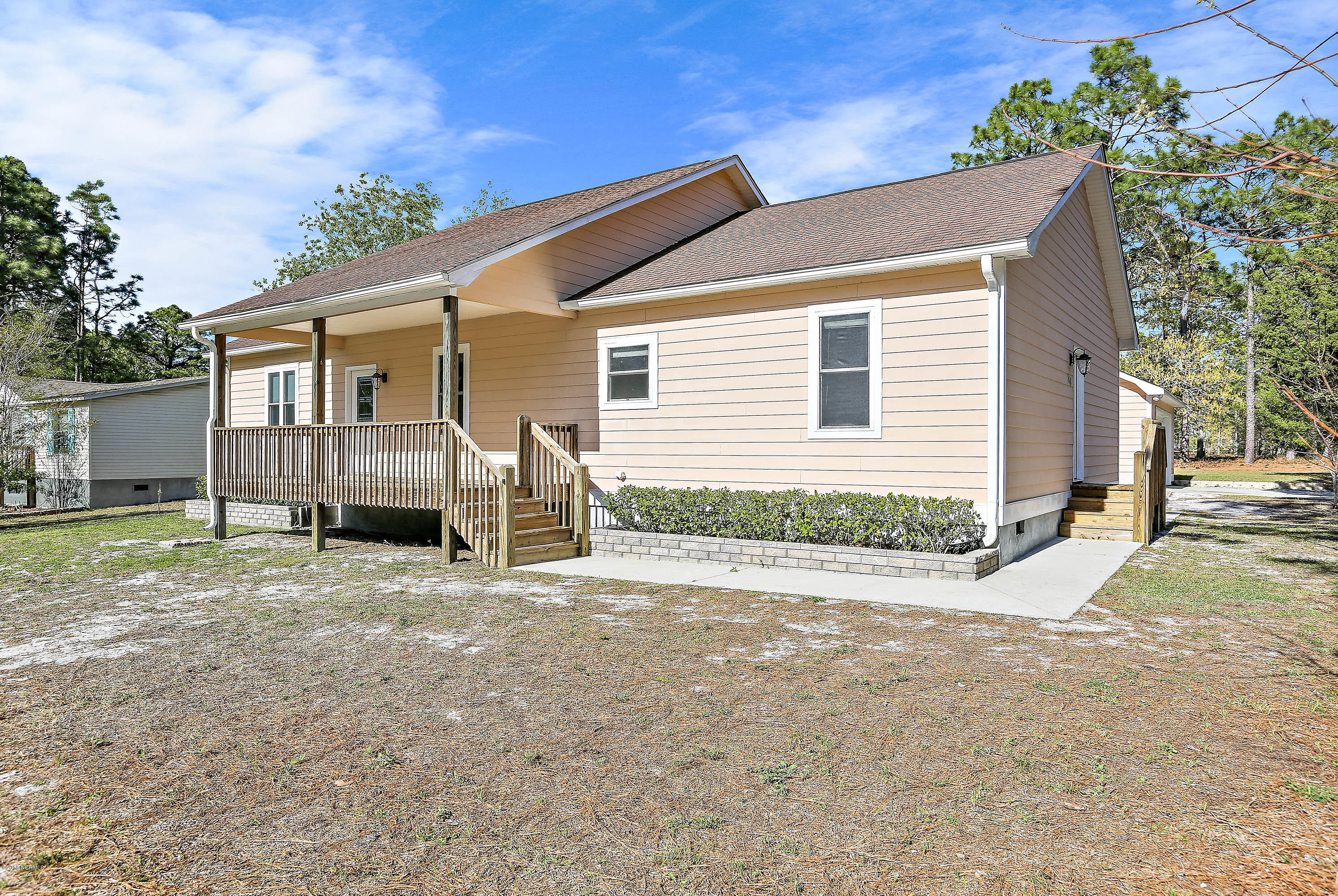 24 Eastwood Road Southport, NC 28461