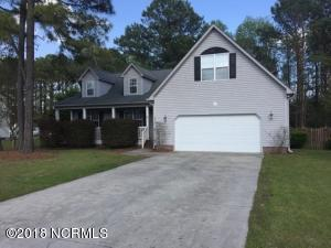 305 Osprey Point Drive, Sneads Ferry, NC 28460