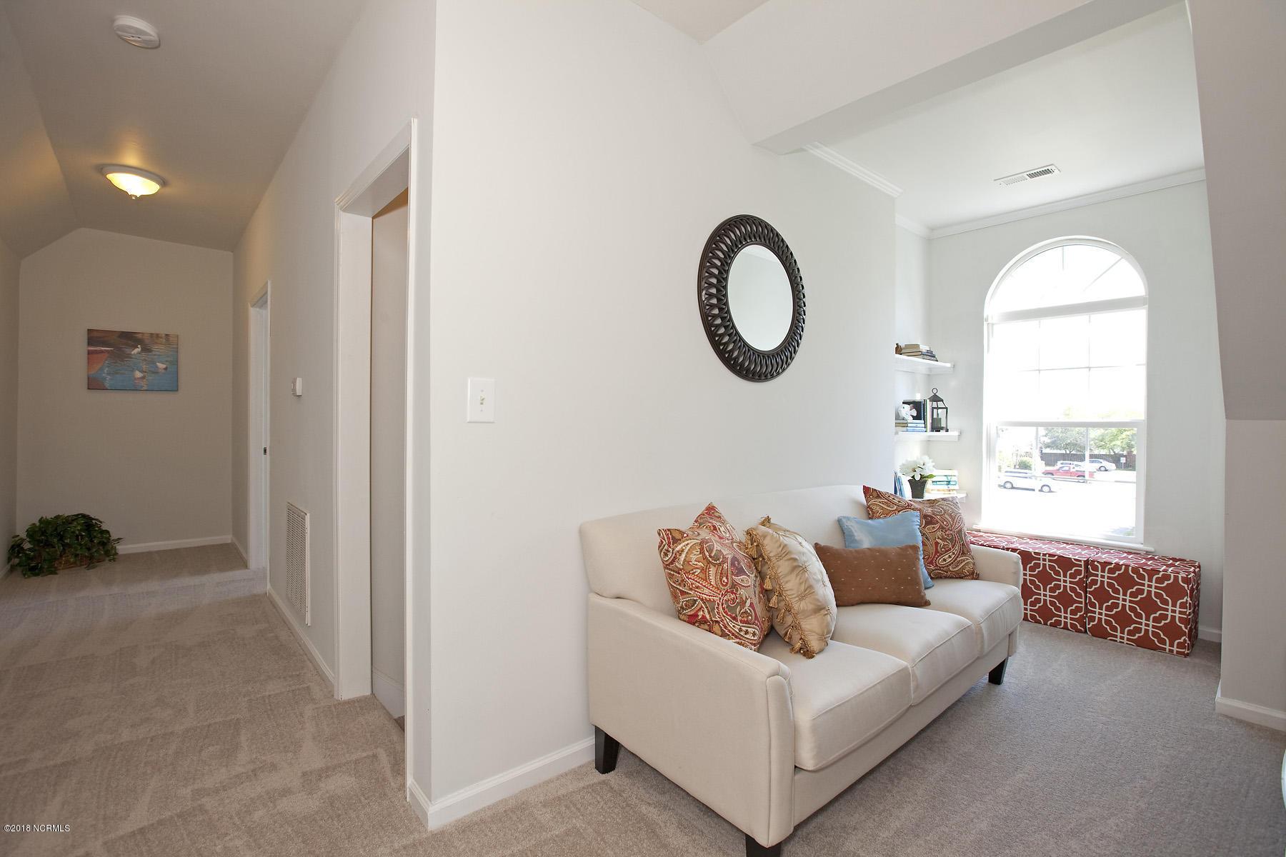 4514 Holly Tree Road, Wilmington, North Carolina 28412, 4 Bedrooms Bedrooms, 10 Rooms Rooms,4 BathroomsBathrooms,Residential,For Sale,Holly Tree,100111826
