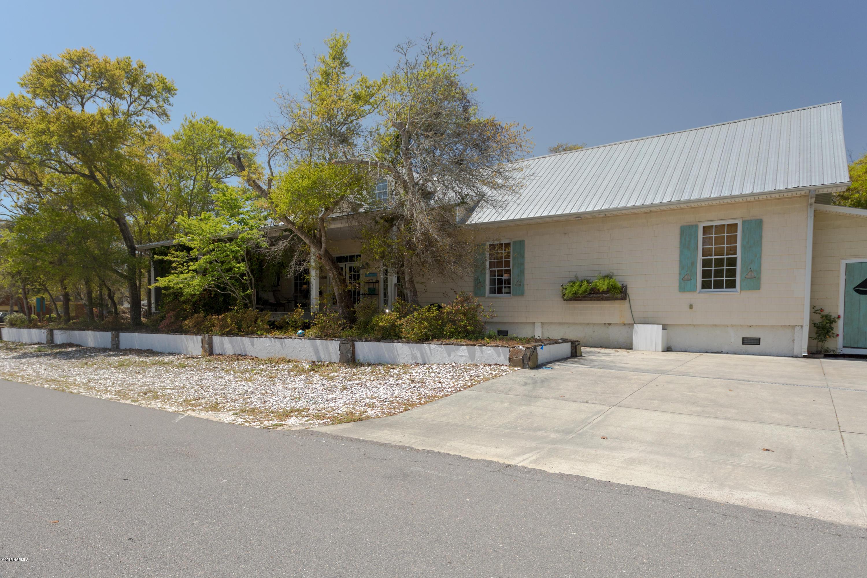 3808 E Oak Island Drive Oak Island, NC 28465