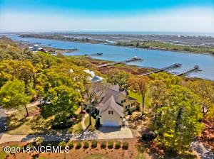 1776 Twisted Oak Lane SW, Ocean Isle Beach, NC 28469