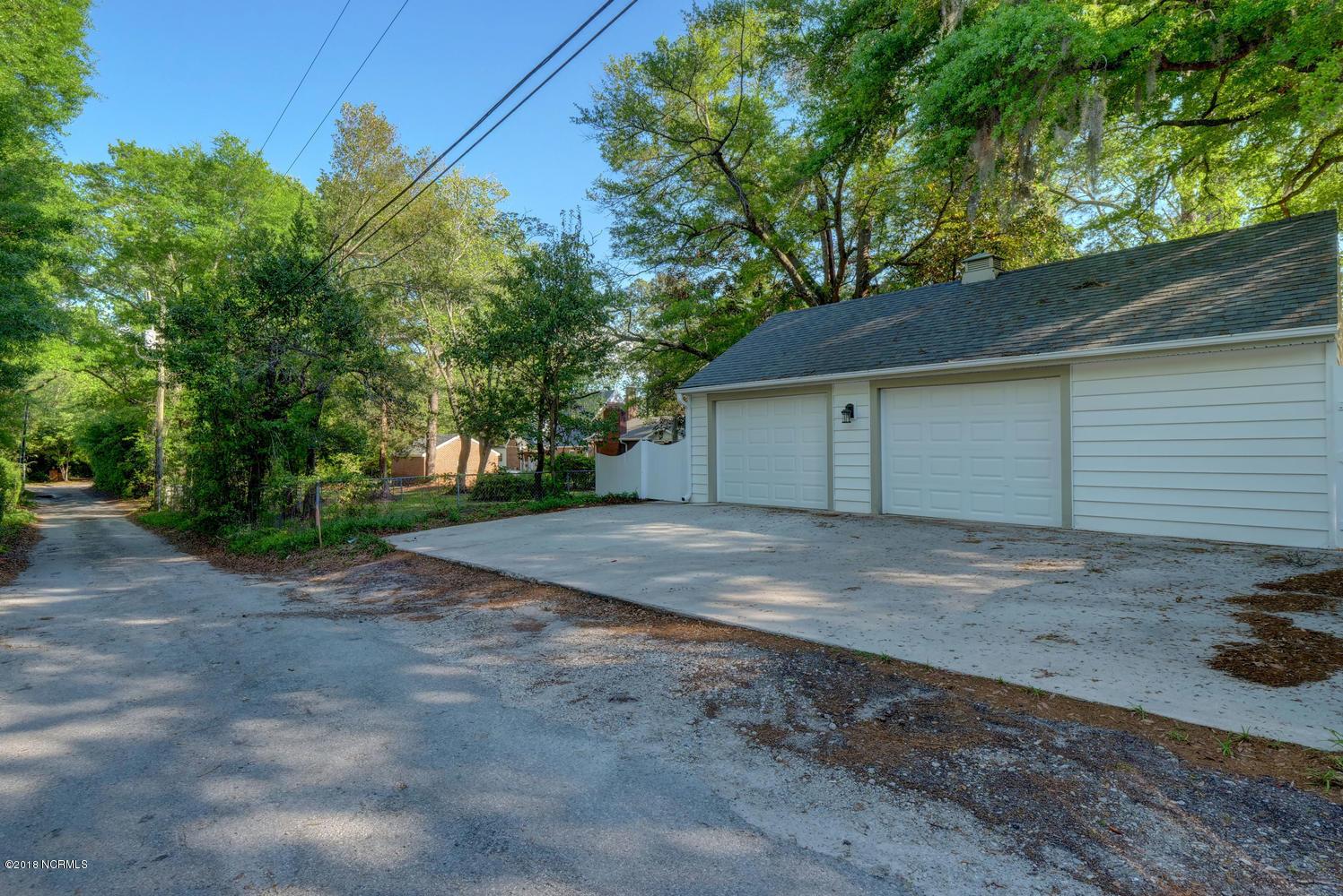 2901 Oleander Drive Wilmington, NC 28403