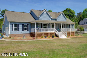 101 Wire Grass Way, Hampstead, NC 28443