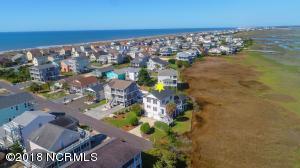 121 Sunshine Lane, Holden Beach, NC 28462