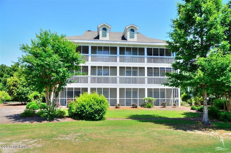 3350 Club Villa Drive #906 Southport, NC 28461