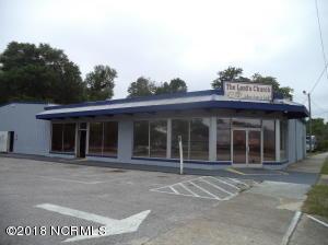 1502 E Lake Shore Drive, Wilmington, NC 28401