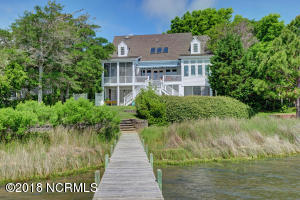 1027 Chadwick Shores Drive, Sneads Ferry, NC 28460