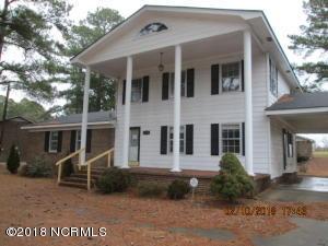 200 Regency Drive, Nashville, NC 27856