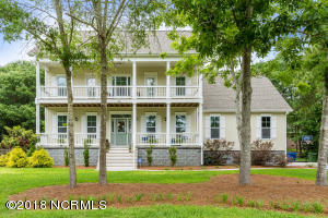 1066 Chadwick Shores Drive, Sneads Ferry, NC 28460