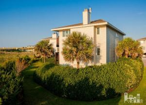 17 Sea Oats Lane, Wrightsville Beach, NC 28480