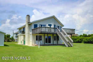 305 Waterway Drive, Sneads Ferry, NC 28460