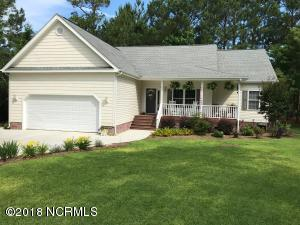 215 Shellbank Drive, Sneads Ferry, NC 28460