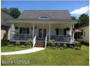 99 Grays Lane, Elizabethtown, NC 28337
