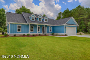 128 Kings Harbor Drive, Holly Ridge, NC 28445
