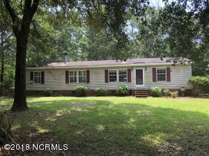 1774 Sloop Point Loop Road, Hampstead, NC 28443