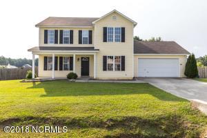 134 Camellia Creek Drive, Richlands, NC 28574