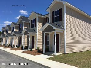 205 Murrow Lane E, Jacksonville, NC 28546