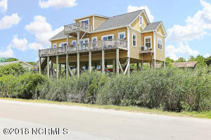 117 SE 54th Street, Oak Island, NC 28465